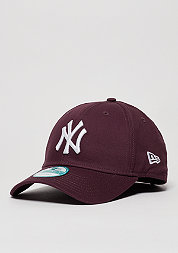 League Essential MLB New York Yankees maroon