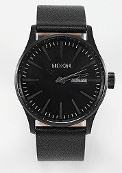 Uhr Sentry Leather all black