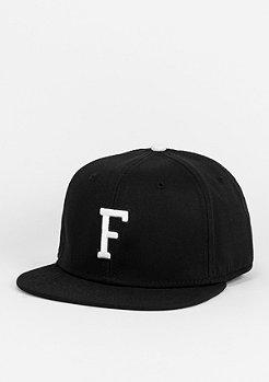 Snapback-Cap Letter F black