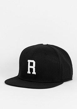 Snapback-Cap Letter R black