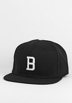 Snapback-Cap Letter B black