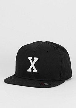 Snapback-Cap Letter X black