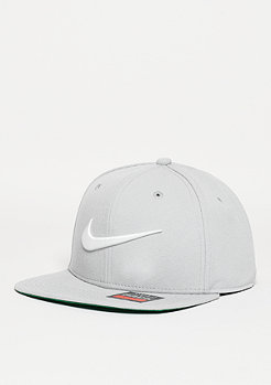 Swoosh Pro wolf grey/pine green/black