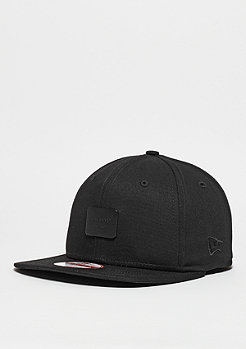 Snapback-Cap Metal Badge black/black