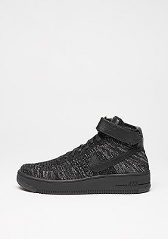 NIKE Basketballschuh Air Force 1 Flyknit black/black/white