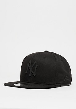 Snapback-Cap 9Fifty Rubber Badge MLB New York Yankees black/black
