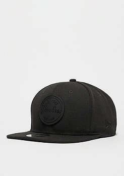 Snapback-Cap 9Fifty Rubber Emblem MLB New York Yankees black/black