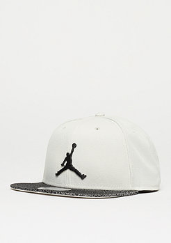 Snapback-Cap Elephant Bill light bone/black