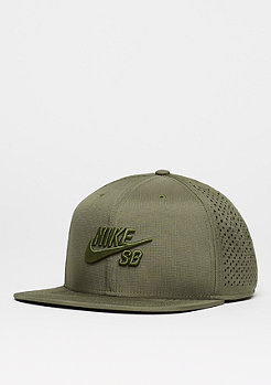 Trucker medium olive/black/black