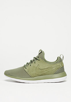 Laufschuh Roshe Two BR trooper/trooper/white