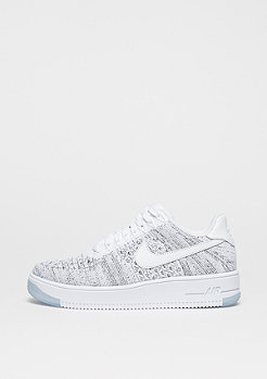 Basketballschuh Wmns Air Force 1 Flyknit Low white/white/black