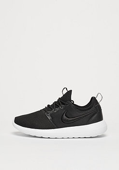 NIKE Schuh Wmns Roshe Two black/black/white