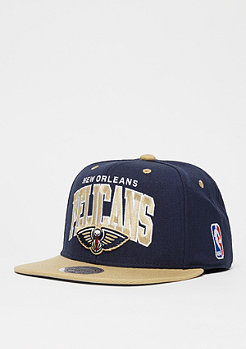 Mitchell & Ness Team Arch NBA New Orleans Pelicans navy/sand