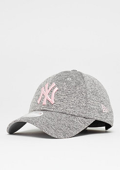 New Era 9Forty Tech Jersey MLB New York Yankees grey/pink