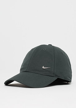 NIKE Metal Swoosh Logo outdoor green/metallic silver