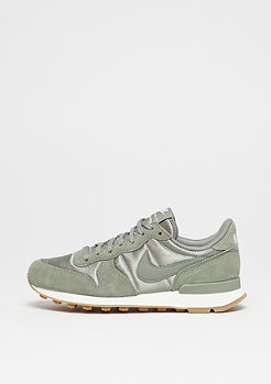 Wmns Internationalist dark stucco/dark stucco/sail