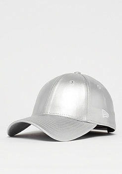 New Era Metallic PU 940 silverwing