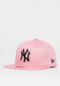 New Era 9Fifty New York Yankees bright rose/black
