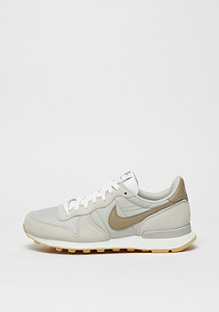 Laufschuh Internationalist pale grey/khaki/summit white