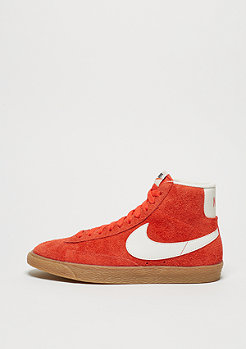NIKE Schuh Wmns Blazer Mid Suede Vintage max orange/ivory/gum light brown