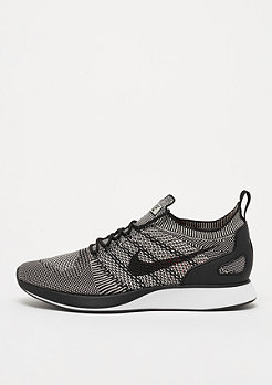 NIKE Air Zoom Mariah Flyknit Racer pale grey/black/solar red/whit