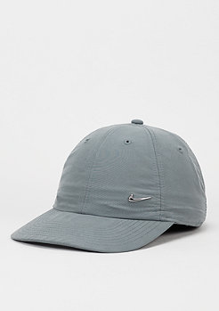 Strapback-Cap Metal Swoosh cool grey/metallic silver