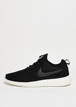 Laufschuh Roshe Two black/anthracite/sail