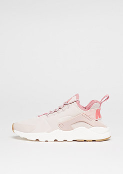Wmns Air Huarache Run Ultra Premium silt red/red stardust/sail