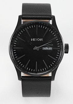 Uhr Sentry Leather all black