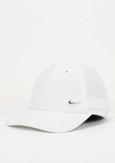 NIKE Strapback-Cap Metal Swoosh white/metallic silver