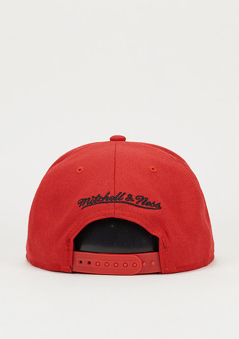 Mitchell & Ness Snaback-Cap Wool Solid NBA Chicago Bulls red