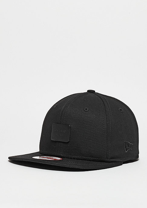 New Era Metal Badge black/black