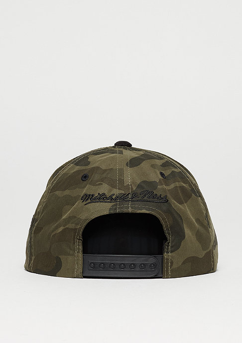 Mitchell & Ness Snapback-Cap Black Suede NBA Chicago Bulls woodland camo