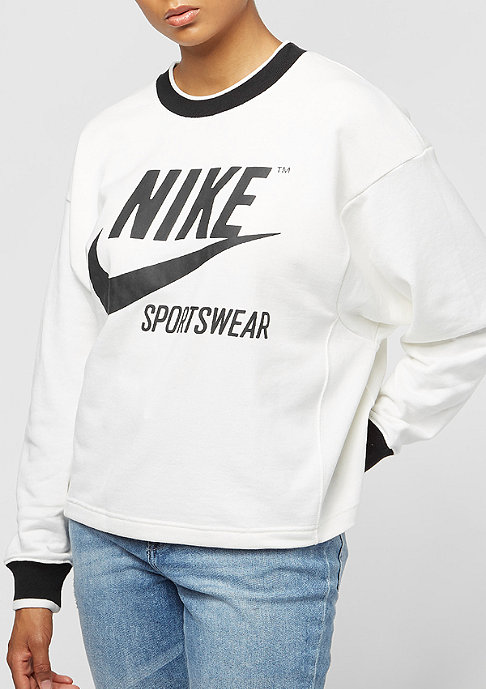NIKE Archive sail
