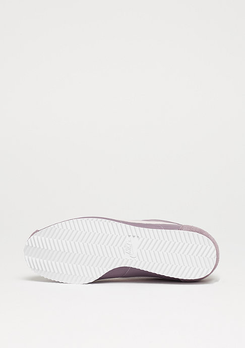 NIKE Wmns Classic Cortez Nylon taupe grey/silt red/white