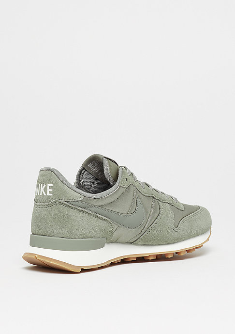 NIKE Wmns Internationalist dark stucco/dark stucco/sail