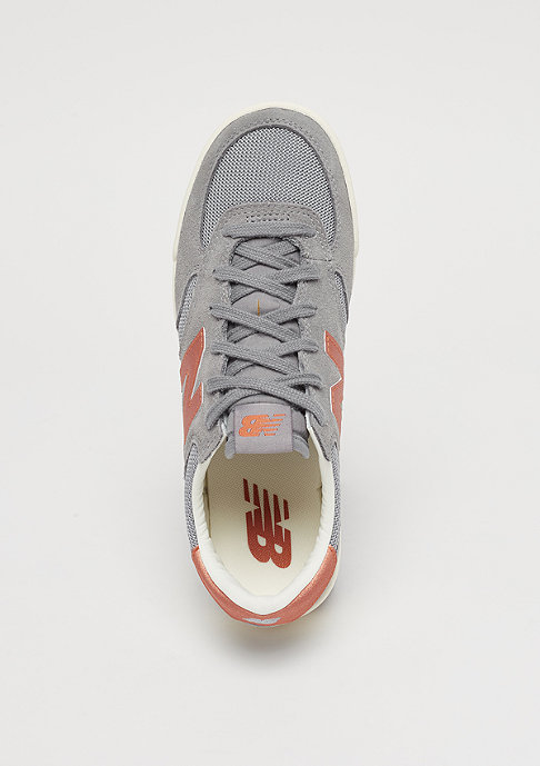 New Balance WRT300MB grey