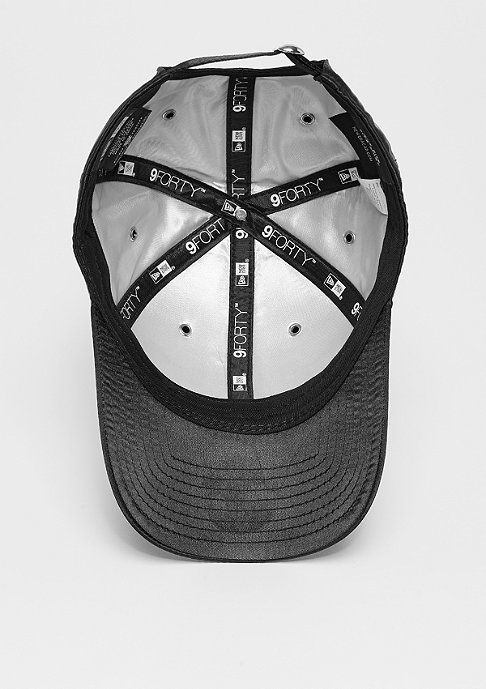 New Era 9Forty Premium black/silverwing