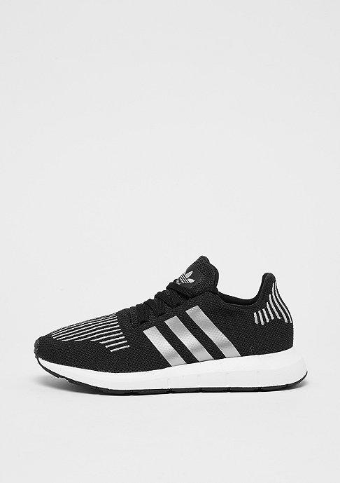 adidas Swift Run core black/silver metallic/white