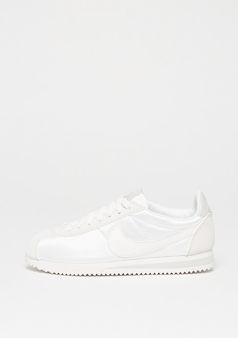 NIKE Wmns Classic Cortez Nylon ivory/ivory-light bone-summit white