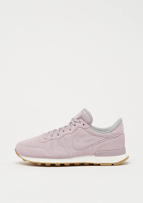 NIKE Wmns Internationalist particle rose/particle rose-vast grey