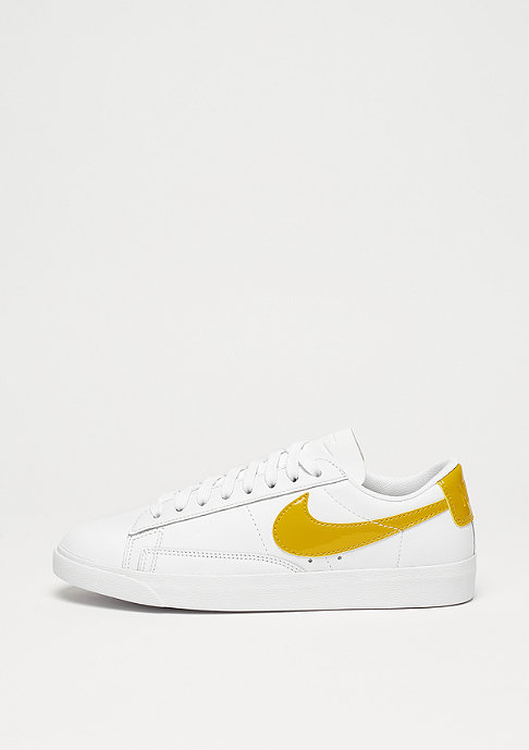 NIKE Wmns Blazer Low LE white/mineral yellow-white