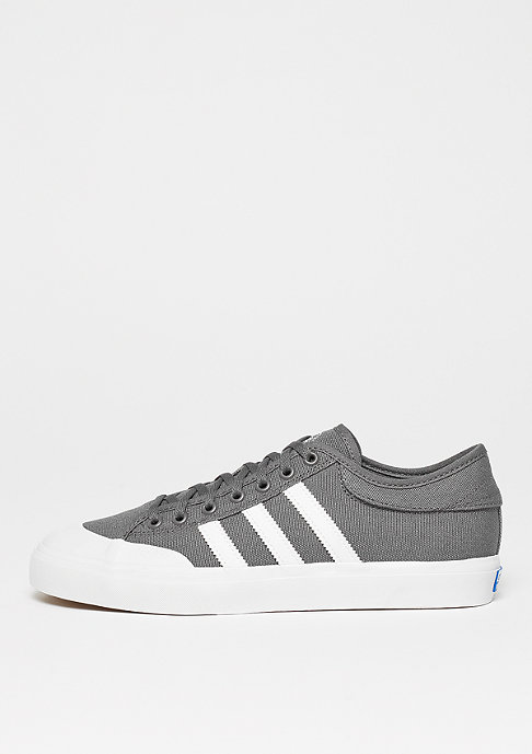 adidas Skateboarding Matchcourt Canvas grey four/ftwr white/gum