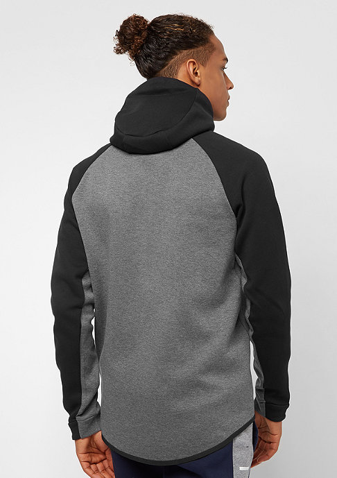 NIKE Tech Fleece black/charcoal heathr/black