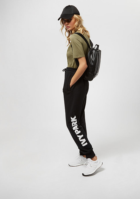 IVY PARK Programme Fitted Logo dark green