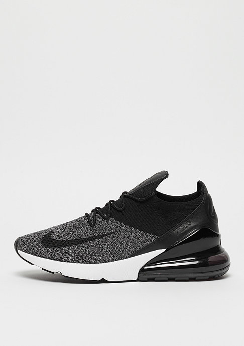 NIKE Air Max 270 Flyknit black/black/white