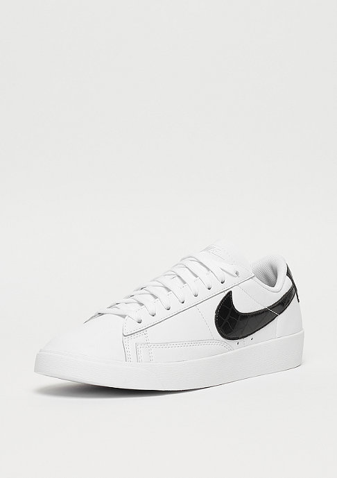 NIKE Wmns Blazer Low white/black