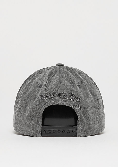 Mitchell & Ness Washed Heather 110 Curved Snap black