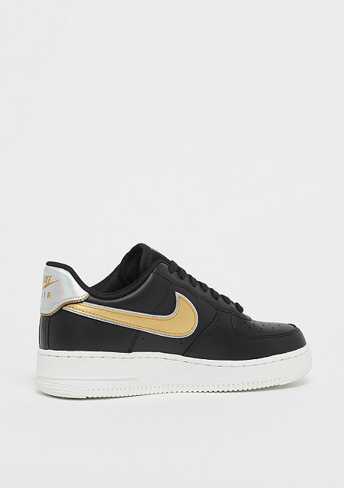 NIKE Wmns Air Force 1 07 black/mtlc platinum/summit white