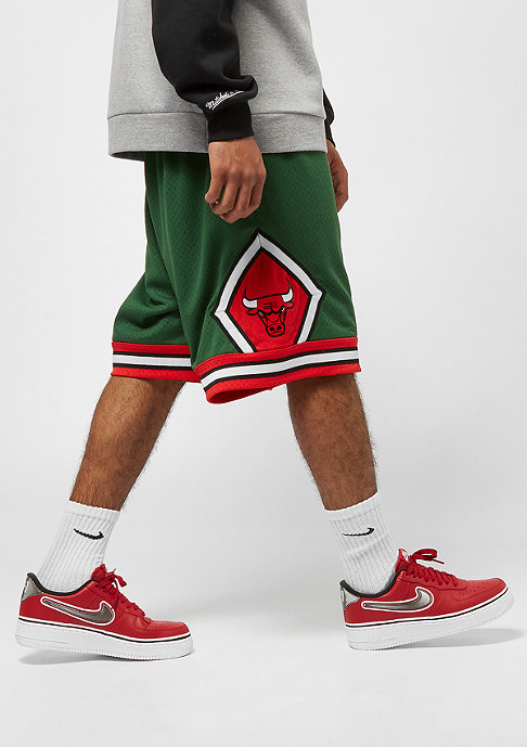 Mitchell & Ness NBA Swingman Shorts Chicago Bulls 2008 green